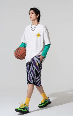 【NBA聯名款】洛杉磯湖人隊夜光字母圖案T恤